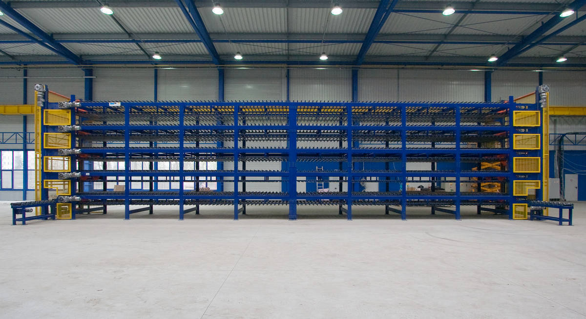 Automated cylinder warehouse